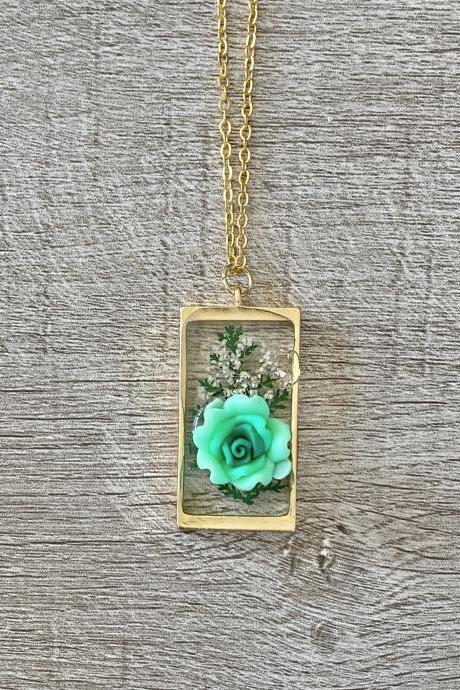 Green Succulent Resin 18 Inch Necklace