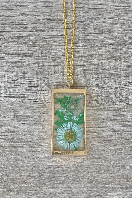Blue Floral Resin 18 Inch Necklace